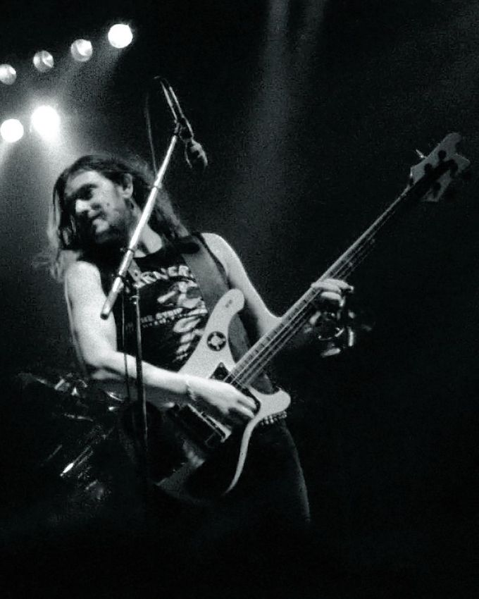 Lemmy_St._Albans_1982_(B&W)