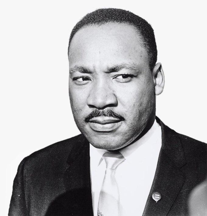 800px-08-15-1964_20069_Martin_Luther_King_(4086739403)_greyBack