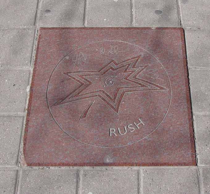 800px-rush_star_on_walk_of_fame