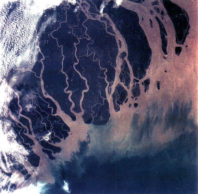 800px-Ganges_River_Delta,_Bangladesh,_India