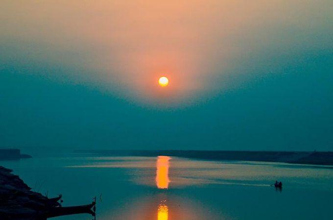 Sunset_at_Padma_River,_Rajshahi