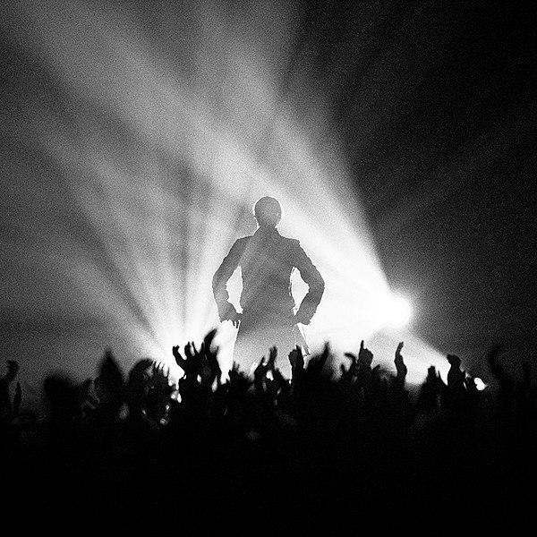 600px-David_Bowie_(57399636)