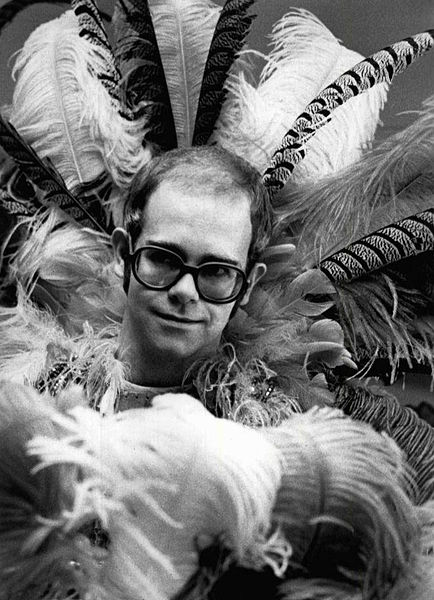 434px-Elton_john_rock_music_awards_1975