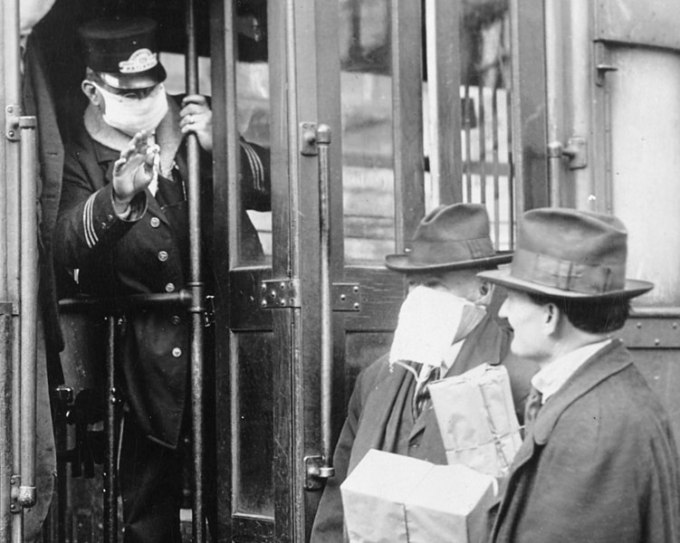 751px-Tram_operator_refuses_man_without_mask_detail,_from-_165-WW-269B-11-trolley-l_(cropped)