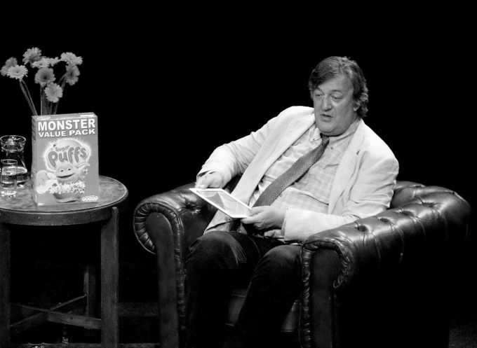 Stephen_Fry_@_BorderKitchen_BW